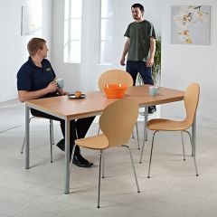 Thornbury table and chairs set in beech